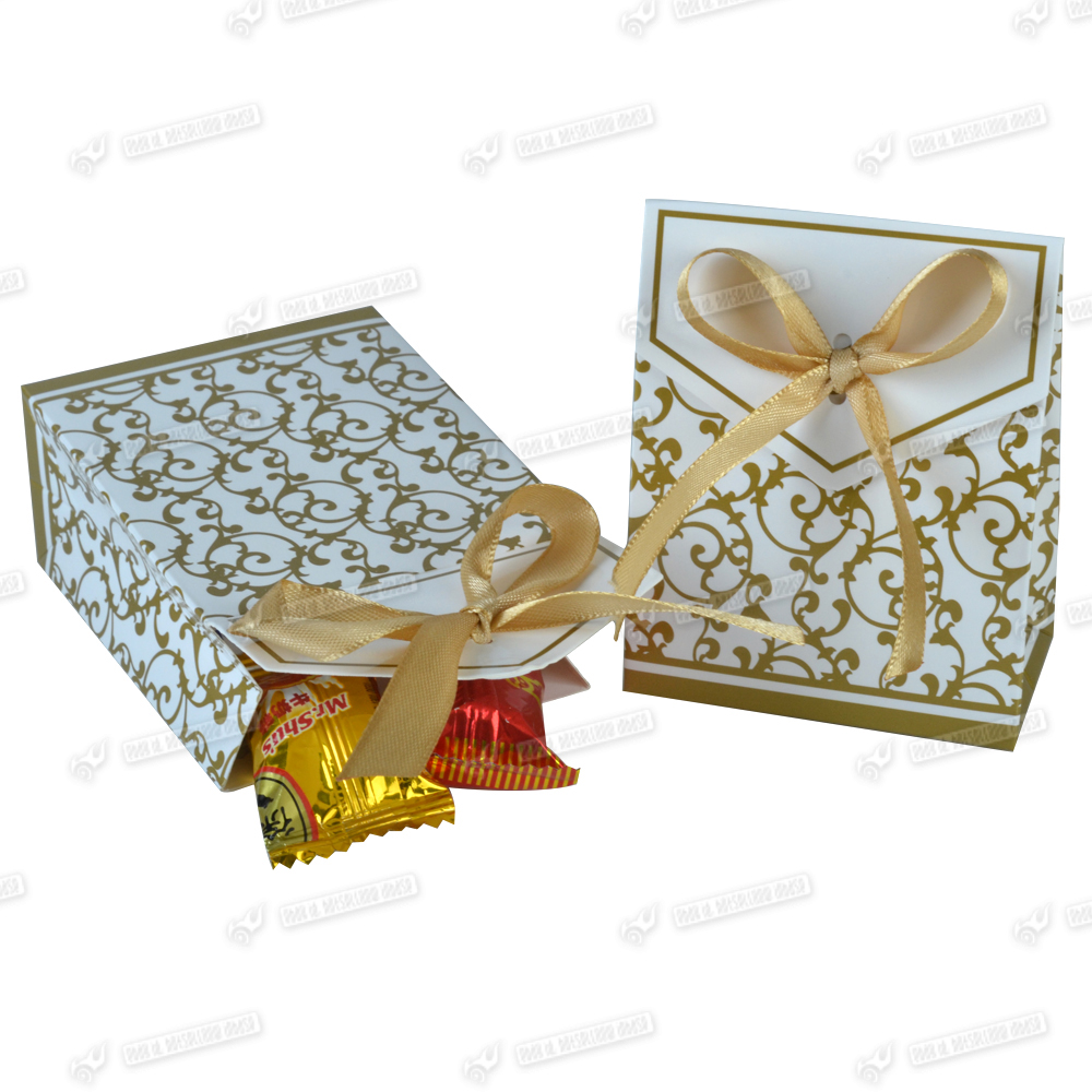 Wedding Cake Gift Boxes Uk : 100pcs Wedding Cake Favour Boxes Candy Christmas Gift Box Gold Silver ...